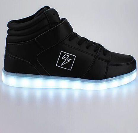 Adidasi cu lumini LED 6