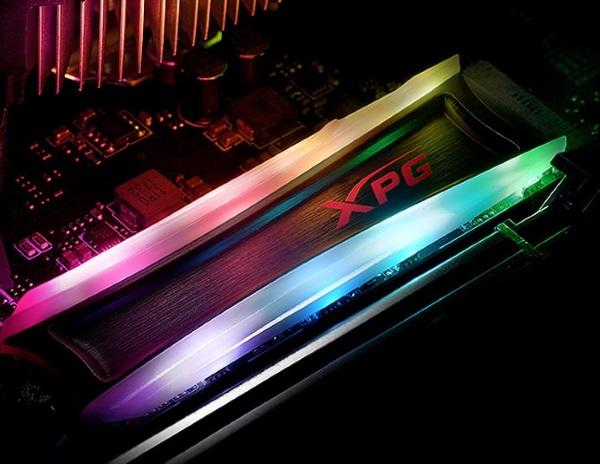 ADATA XPG Spectrix S40G pareri