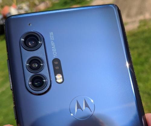 Motorola Edge Plus review in romana