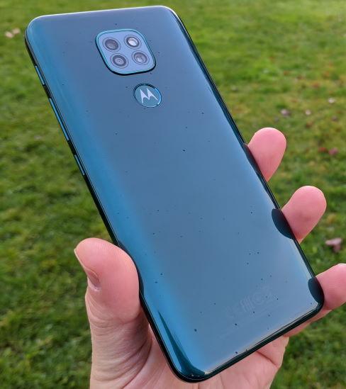 Motorola Moto G9 Play review in romana