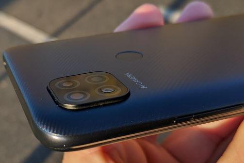Xiaomi Redmi 9C NFC review in romana