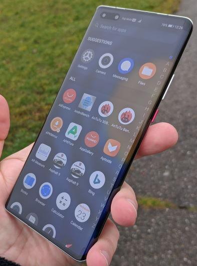 Huawei Mate 40 Pro review in romana